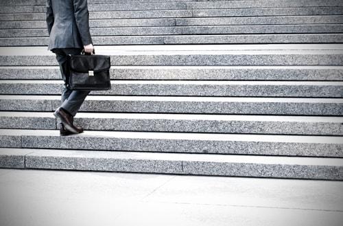 El despido de un trabajador por haber testificado en favor de otro vulnera el derecho a la indemnidad del trabajador.